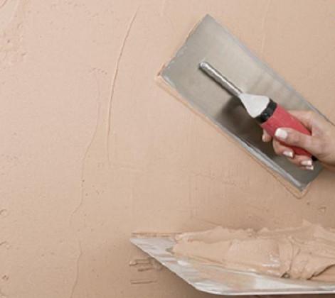 Нанесение текстурной краски шпателем
