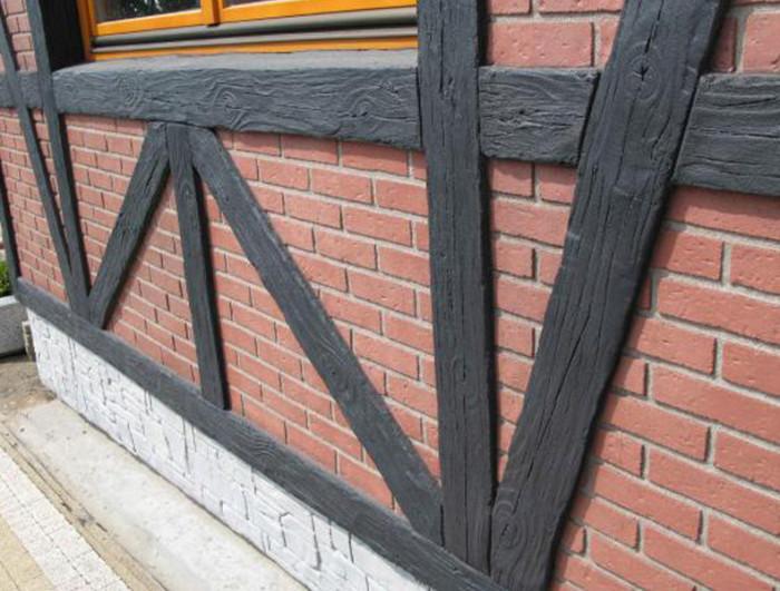 Отделка фасада под фахверк полиуретановыми досками