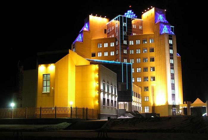 Подсветка городского дома