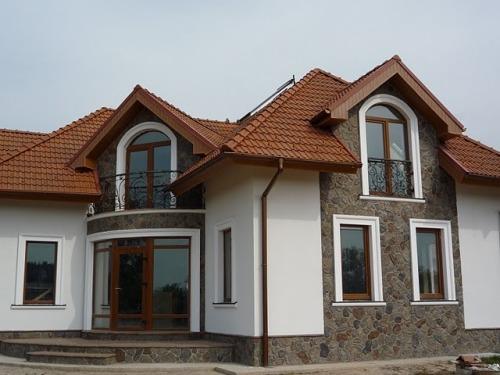 Оштукатуренный дом