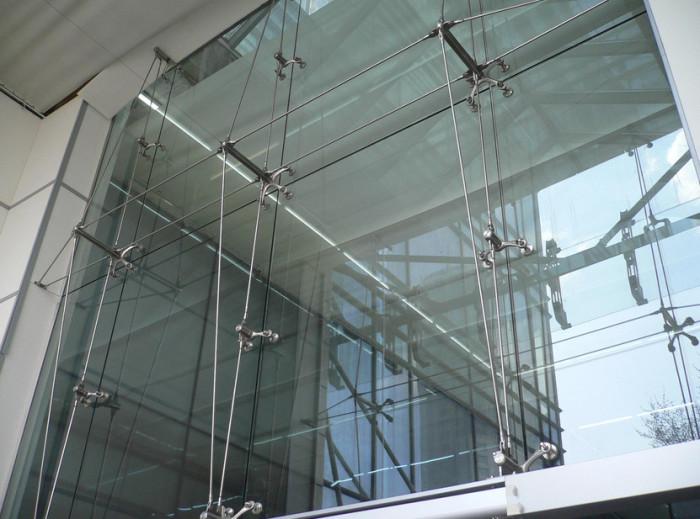 Стеклянные панели для фасада