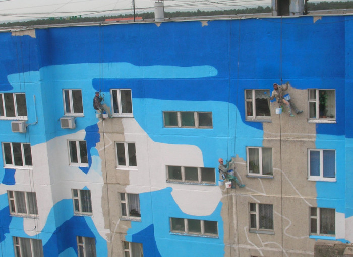 Покраска многоквартирного дома