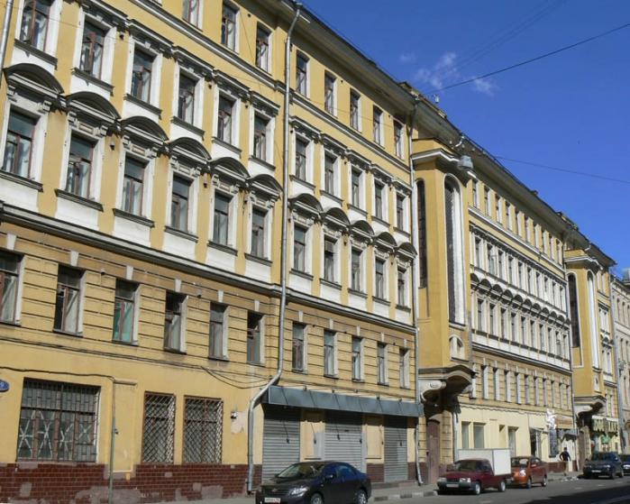 Фасад в центре Москвы