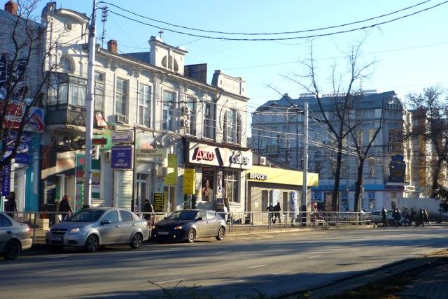 300 фасадов многоквартирных домов облагородили в Западном округе Краснодара
