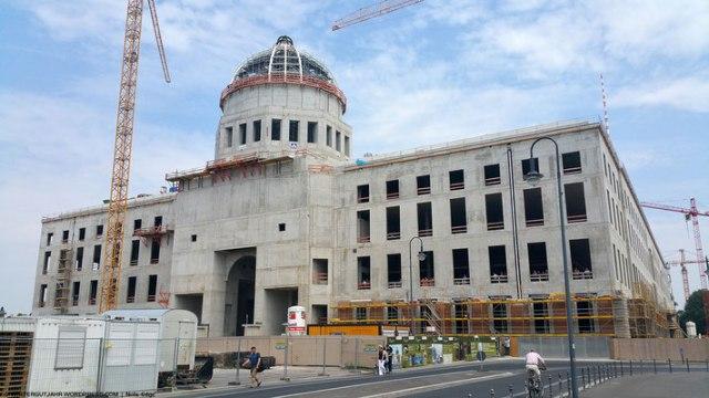 Воссоздать Берлинский дворец помогают современные материалы ISOVER